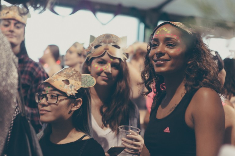 NInn Apouladaki EVENT – Morning GloryVille